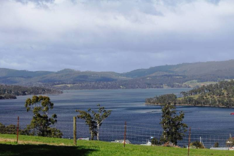 124 Palmers Road, Port Huon 1/4 Acres
